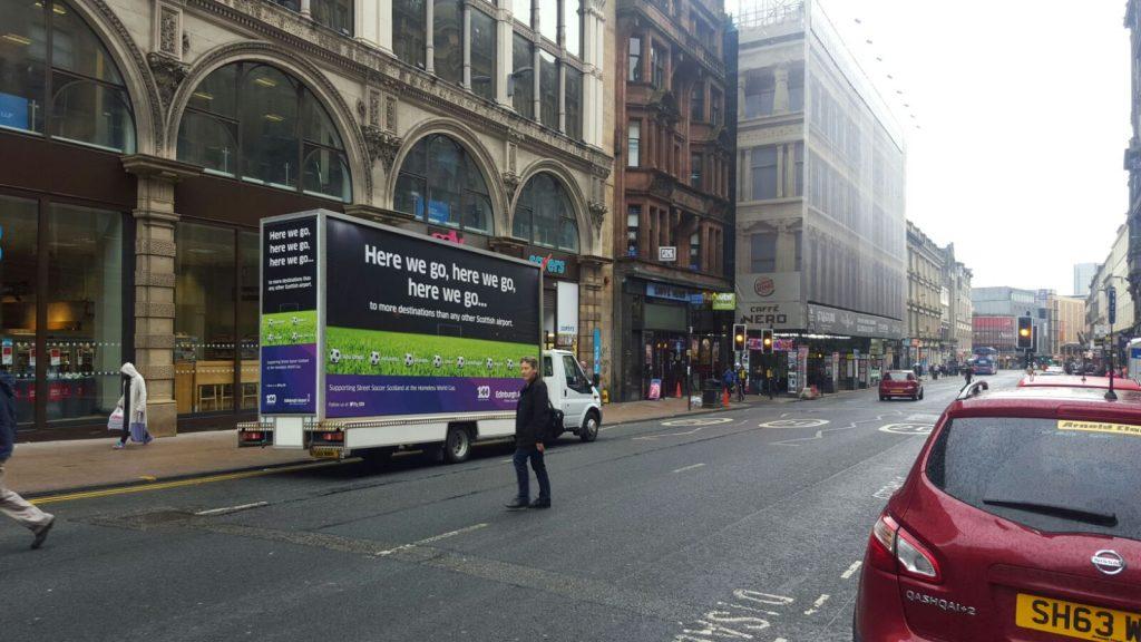 Advan_campaign_Glasgow_2016_07